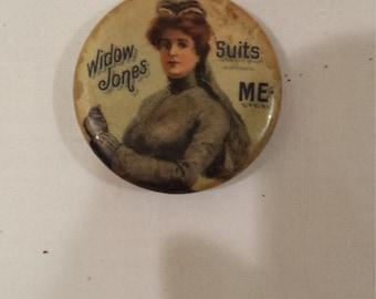 Vintage Whitehead & Hoag  1 1/4 inch Stud Button Widow Jones Suits Me
