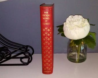 Vintage Leatherbound book with gilt decoration, very attractive, The Poetical Works of Burns. With notes, glossary, Index and chronology.