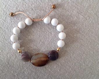 White Jade and Agate Bracelet