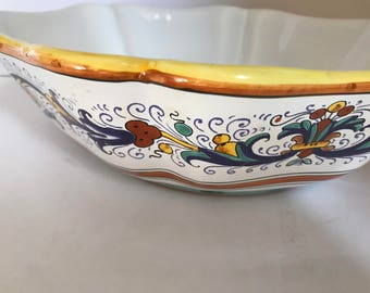 Sur La Table Handcrafted Italian Glazed Earthenware Pasta Serving Bowl    Great Condition