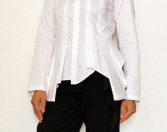 """Schnittmuster und Nähanleitung für weiße Shirt Bluse """"JOKER"""""""