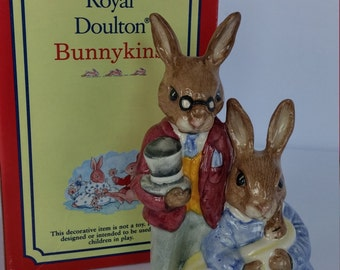 FATHER, MOTHER and VICTORIA Bunnykins Figure
