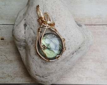 Labradorite Caged Pendant, labradorite, labradorite pendant, mother's day gift, one of a kind necklace, crystal healing necklace, ooak gift