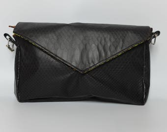 Handbag, purse size envelope