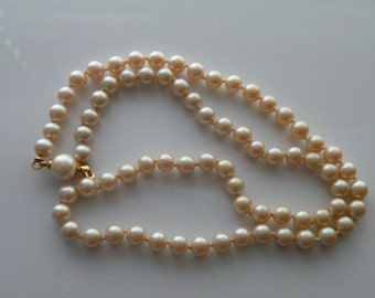 On Sale Faux glass peal necklace. 5 mm. creamy color.