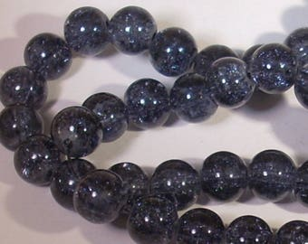 10 pearls in dark gray cracked glass 8mm