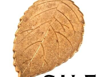 Heavy Red Brass Leaf Pendants (4X) (V352) SALE - 25% off