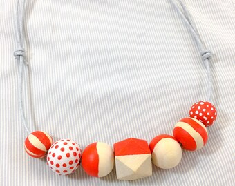 DIY Craft Kit: Wooden Beads Necklaces