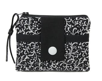Wallet / card holder in black and white fabric