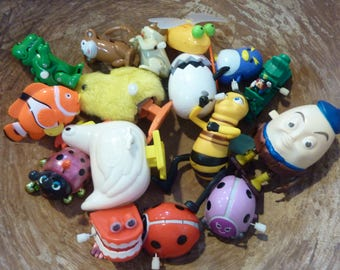 16 Mechanical Action Toys Plastic Wind Up Vintage Lot Birthday Party Favor Supply (#437)