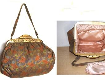 1940s Evening Purse - Metallic Sheen Fabric Ornate Clasp Closure - Pink Satin Interior & Change Purse
