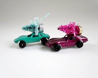 Vintage Dollhouse Decor, Mini Metal Toy Ca, Fairy Garden, Dollhouse Mini Tree, Toy Car and Tree, Bringing Home the Tree, Putz Village
