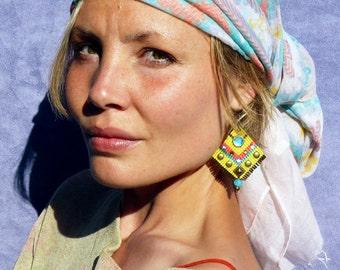 Bollywood ethnic chic macrame earrings yellow neon pink turquoise rhinestones bronze studs bohemian surgical steel designer jewelry France