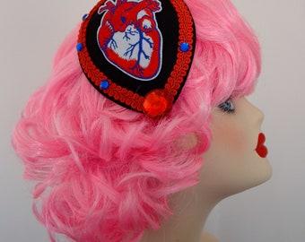 Pillbox Hat Fascinator Bibi Anatomic Heart/Coeur anatomique