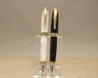 Handmade Acrylic Wedding Pen Set Custom Made-  Beautiful Shining Groom and Brides Pens-