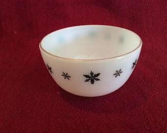 Pyrex JAJ Gaiety Black Snowflake Sugar Bowl 1960's