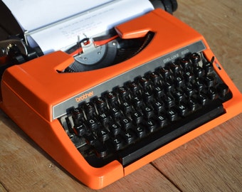 Custom made - Orange brother 220 deluxe - Working Vintage Typewriter