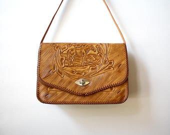 Large Tooled Leather Shoulder Bag with Desert Horse Scene and Wood Grain Design