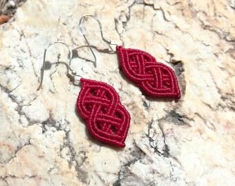 The Celt - macrame celtic knot earrings in red