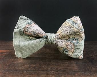 Traveler Gift Bow Tie for Men Mens Gift Globetrotter Gift Mens Bow Tie World Map Bow Tie Christmas Gift for Men Green Bow Tie Dad Gift