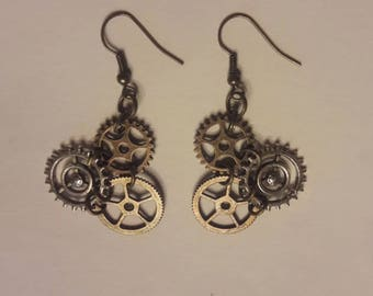 Triple Threat Gearrings - Steampunk Gear Drop Earrings