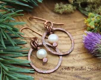 Copper Pearl Earrings, Copper Jewelry, Hoop Earrings, Rustic Pearl Jewelry, Freshwater Pearl Earrings, Pearl Jewelry, Copper Pearl Jewelry