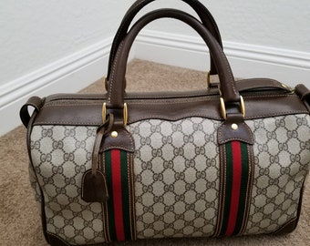 Gorgeous!! Striped Vintage Unisex Gucci Travel Duffel Tote with lock/key