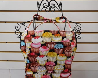 550 Cupcakes Womens Apron, Cupcakes Fabric, Cupcakes Apron, full size, lined bib and side pockets, long waist ties, cotton
