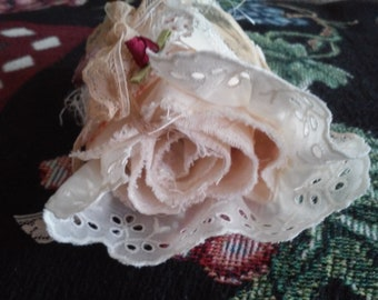 Snippet roll, lace scraps, snippets, small snippet