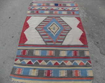 Pastel kilim rug,pale color, Muted rug, Small size kilim rug, Vintage Turkish rug, kelim, vintage rug, bohemian rug, bedroom rug, small rug