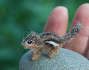 Micro Chipmunk Needle Felted, Miniature Animal 1/12 scale