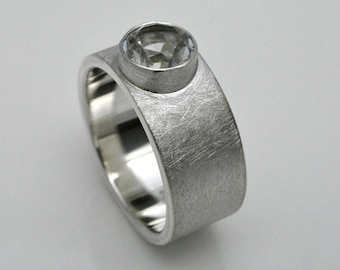 Briet ring with mountain crystal, 925 silver