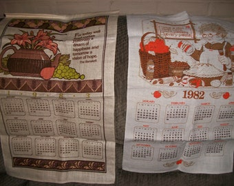Vintage 1982 or 1983 Calendar Tea Towel.....Nice Vibrant Colors...Beautiful...1980's Wall Art ...Excellent Condition...