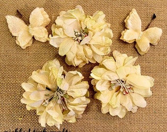 PRICE REDUCED!!! Petaloo Mums & Butterflies - Ivory