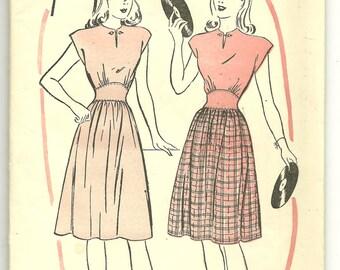 1940's teen dress pattern Advance 4093