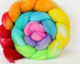 Rainbow Love 4 oz Merino softest 19.5 micron Roving Top for spinning