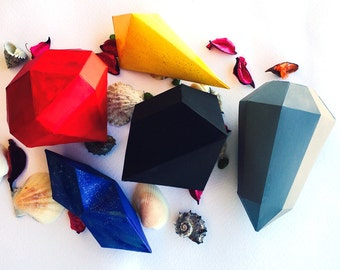 Make Your Own Crystals Gems Diamonds & Treasure Chest from paper, PDF pattern, Polygon Shape, DIY Halloween New Year Christmas Papercraft