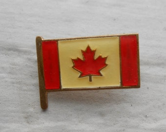 Vintage CANADA Flag Pin. Enamel. 1960s Gold Toned. Gift For Groomsmen, Groom, Dad, Husband. Enamel