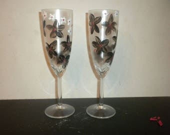 Champagne Flutes W28
