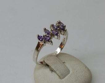 925 Silver ring with Amethyst gemstone 18.3 / size 8.3 SR474
