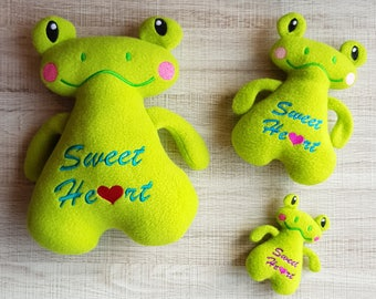 Sweetheart Frog Stuffie ITH Embroidery Pattern