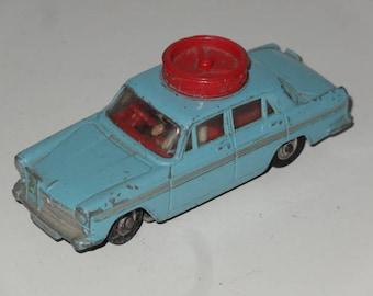 VINTAGE CORGI Toys AUSTIN A60 Turning Wheels