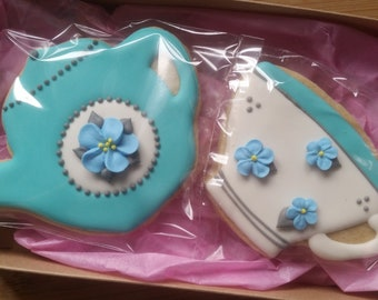 Tea time cookies gift box -- Customized color -- Made to order decorated sugar cookies  -- tea pot tea cup (2 cookies)