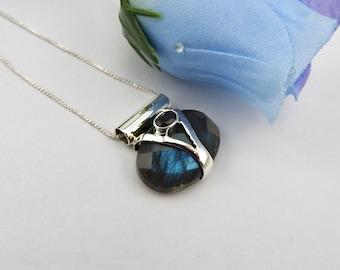 Labradorite sterling silver pendant. Jewellery. Jewelry. Labradorite. Silver. Gemstone. Blue flash. Designer. Handmade. Labradorite pendant