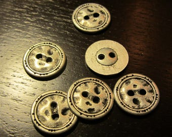 Hammered metal buttons