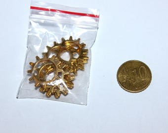 Set of 10 20mm gear, Golden charms