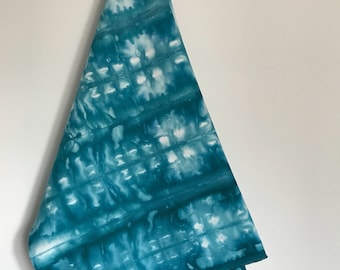 Kona Cotton, hand dyed, Kingfisher Blue Shibori, Shibori, 1 YARD, (KC1.11.2)
