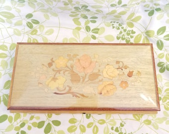 Vintage inlaid wood music box, made in Italy. Ben Rickert inc vintage 1980s.