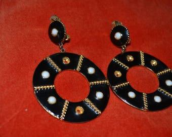 Estate Jewelry| Black, Gold and White Enamel Drop Earrings|Vintage Clip On