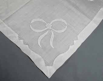 Appliqued White Bows & Double border Fine Quality Vintage Cotton Hankie Handkerchief